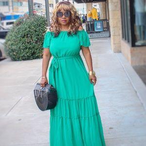 Gorgeous green Eva Mendez dress.